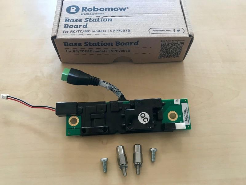 Robomow_Hauptplatine_SPP7007B_01.jpg